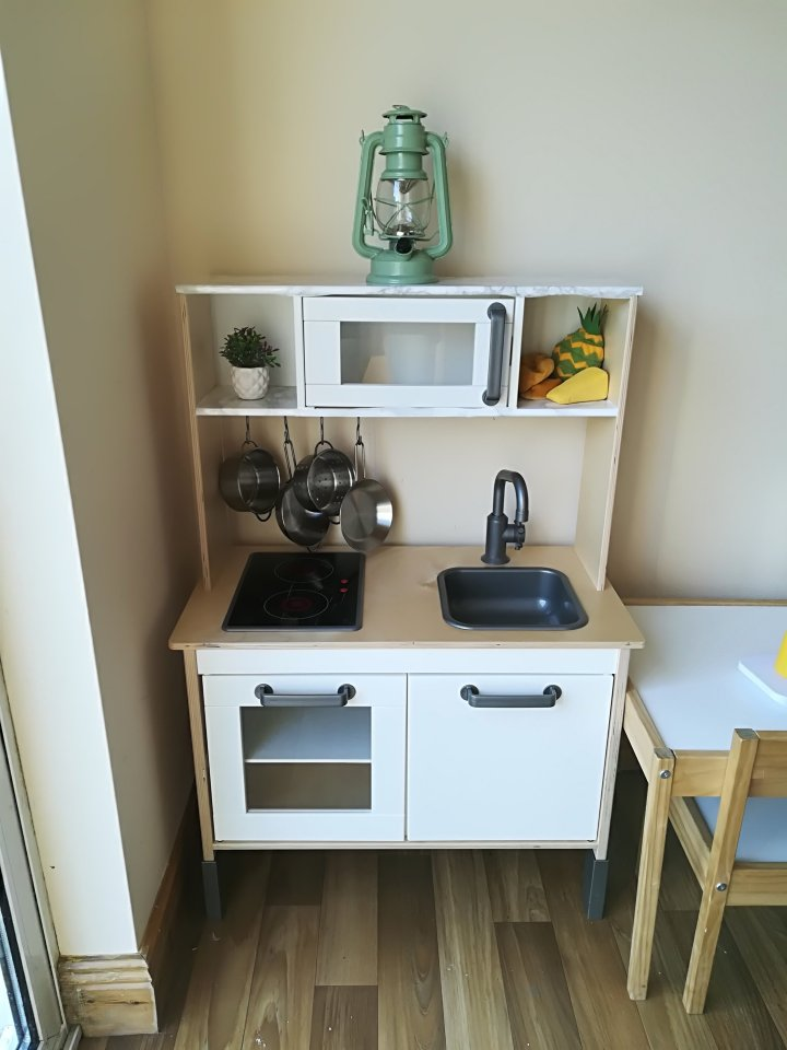 D.I.Y IKEA PLAY KITCHEN